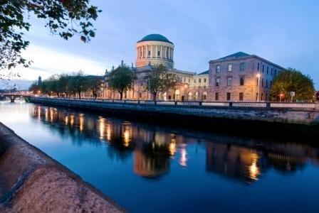 кампус University College Dublin