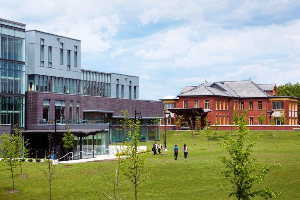 кампус Humber College