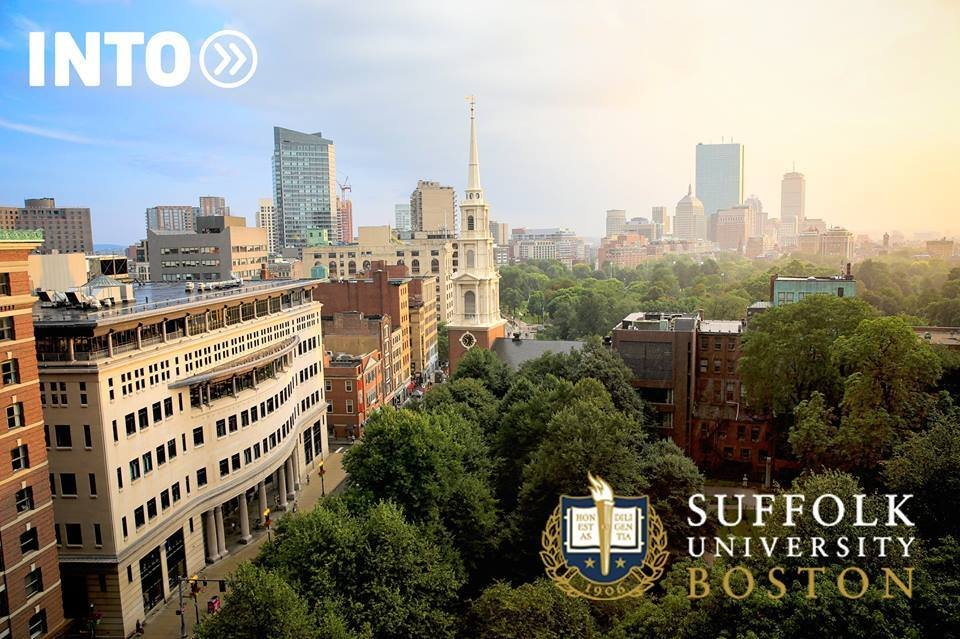 Фото Suffolk University Boston