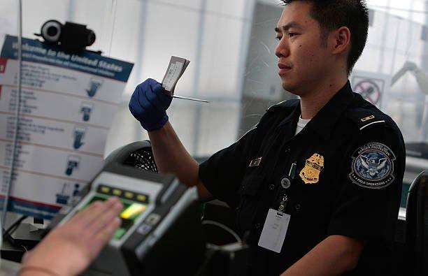 Выезд на обучение в США по студенческой визе F-1: пересечение границы