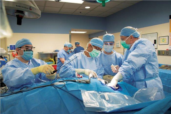 Медицинское образование в США для выпускников школ.