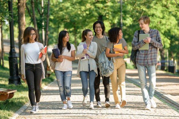 Вступ в університети Ліги Плюща: літня канікулярна програма в Бостоні